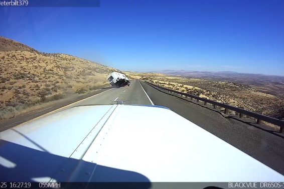 Speeding While Hauling a Camper Ends In A Crash